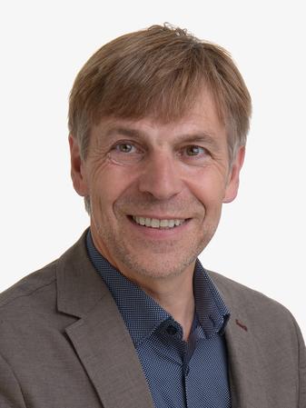 Dr. Rolf Kamps