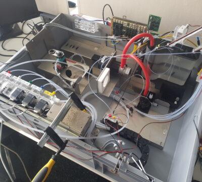 Druckerzeugungssystem für medizinisches Analysegerät